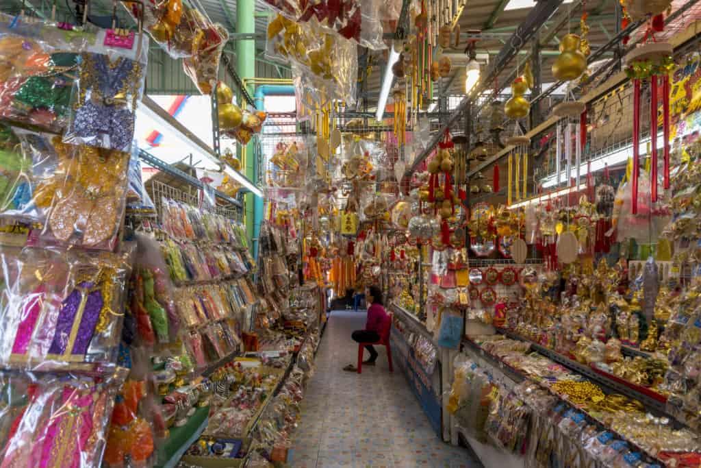 Geschäft für Artikel zum Tham Bun