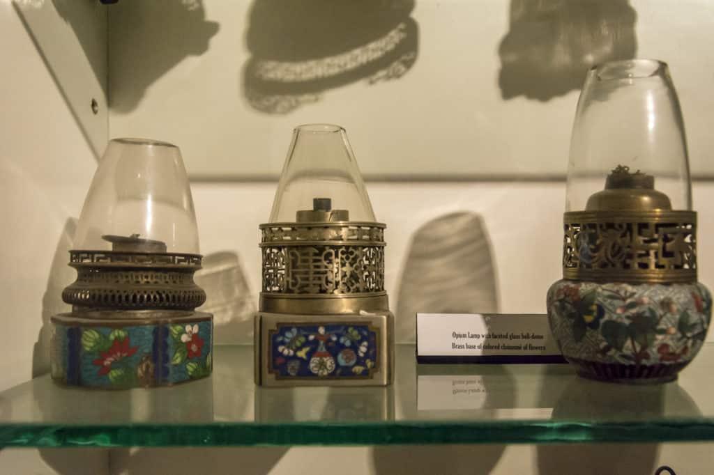 Historische Opiumlampen
