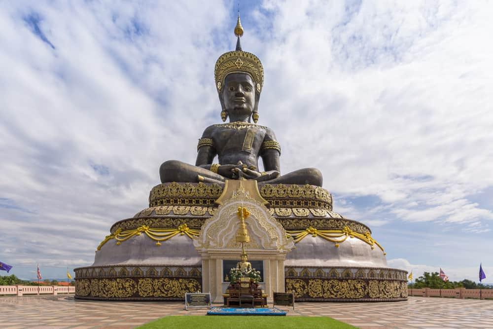 Der imposante Buddha Thamaracham