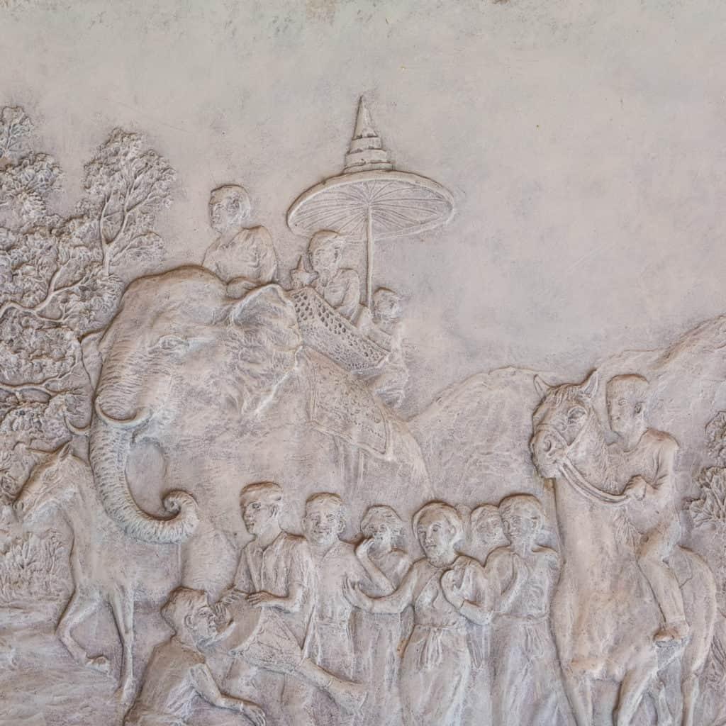 Der Einzug der Buddhafigur in das Wat Thai Phum