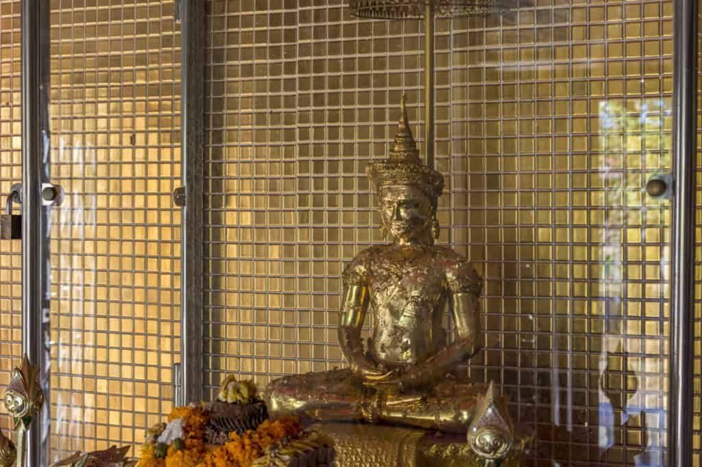 Phra Phuttha Maha Thammaracha im Wat Trai Phum in Phetchabun