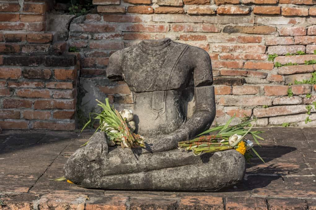 Geköpfter Buddha