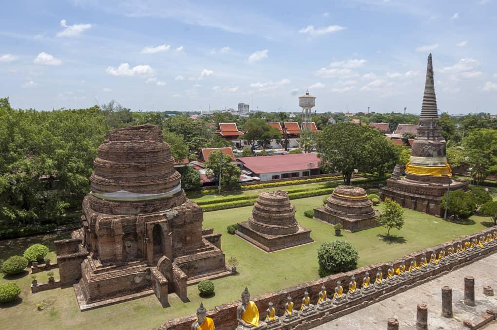 Aussicht über Tempel vom alten Ayutthaya