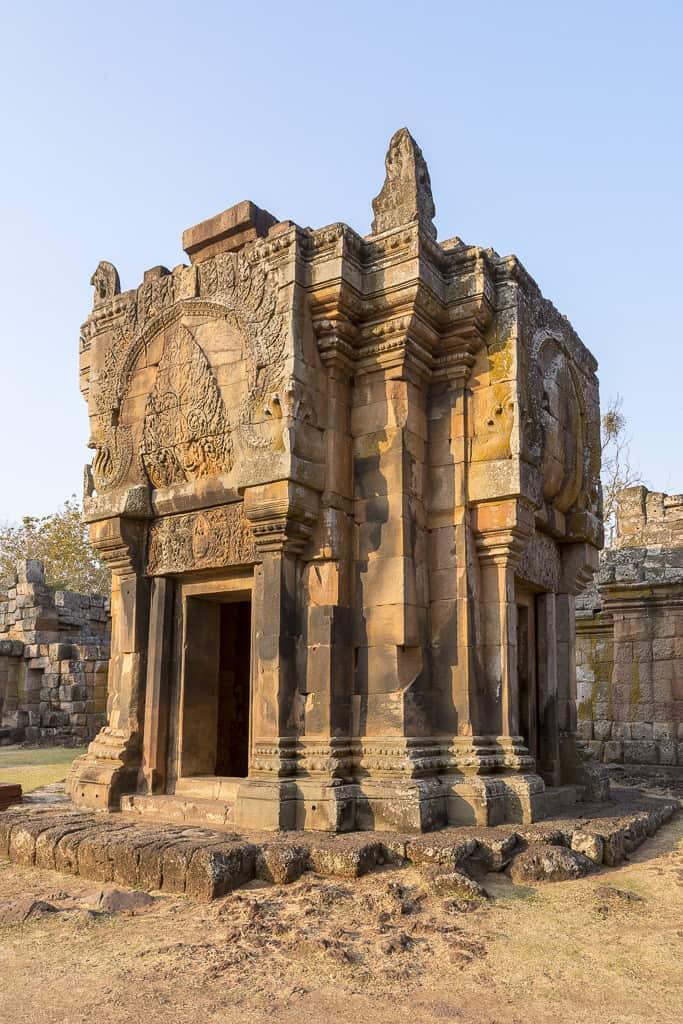 Prang Noi eines der jüngsten Gebäude im Phanom Rung