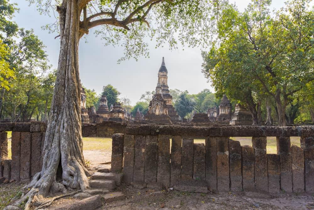 Wat Chedi Chet Theo vom hinteren Eingang gesehen