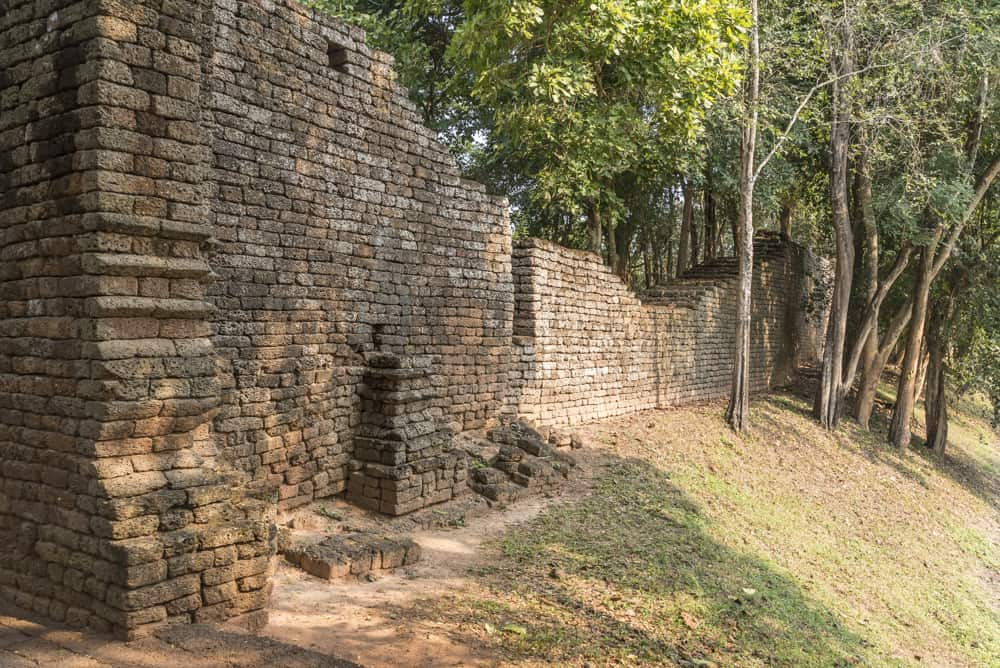 Stadtmauer der historischen Stadt Si Satchanalai