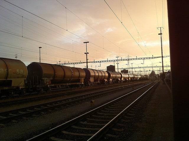 Zug mit Kesselwagen
