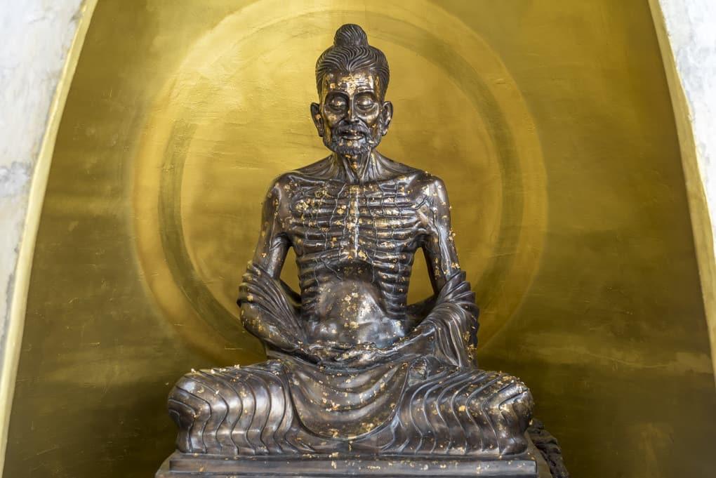 Mönch Askese. Im Buddhismus kommen viele Richtungen zusammen.