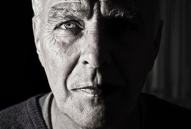 Gesicht eines älteren Herren