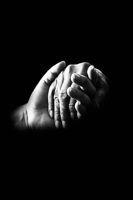 Händler einer älteren und jüngeren Person
