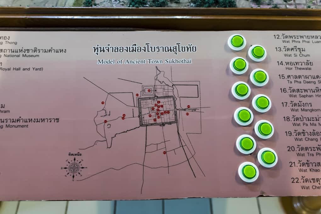 Schalttafel um das Modell der Altstadt von Sukhothai zu beleuchten