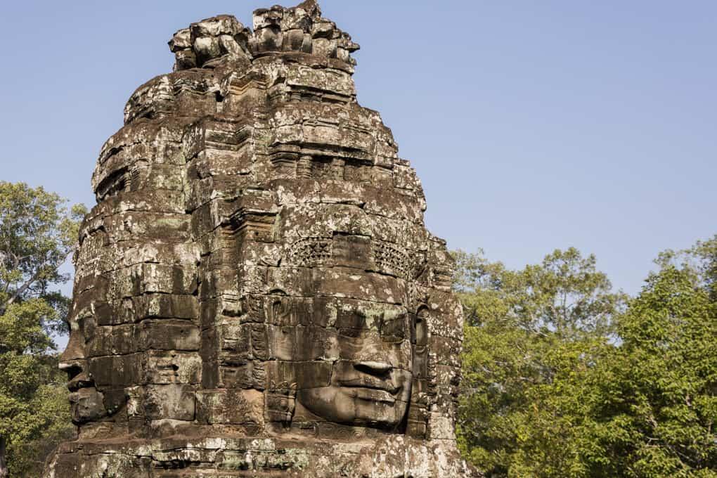 Tempelturm im Bayon Tempel in Kambodscha