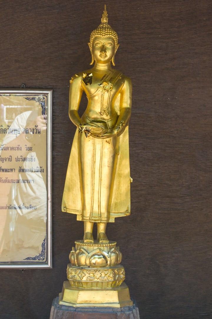 Wochentage In Thailand - Mittwochs - Buddha