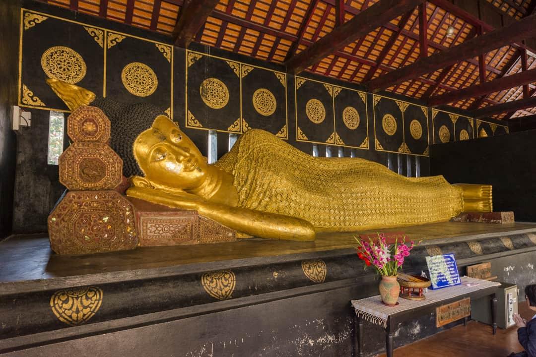 Wochentage In Thailand - Dienstags - Buddha