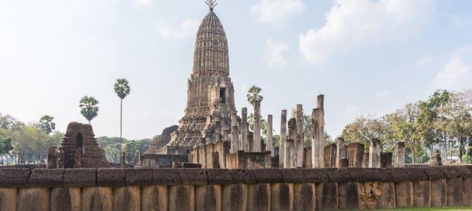 Chaliang und Wat Phra Si Rattana Mahathat