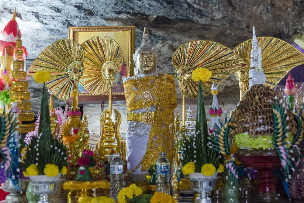 Altar Phra Mae Ya