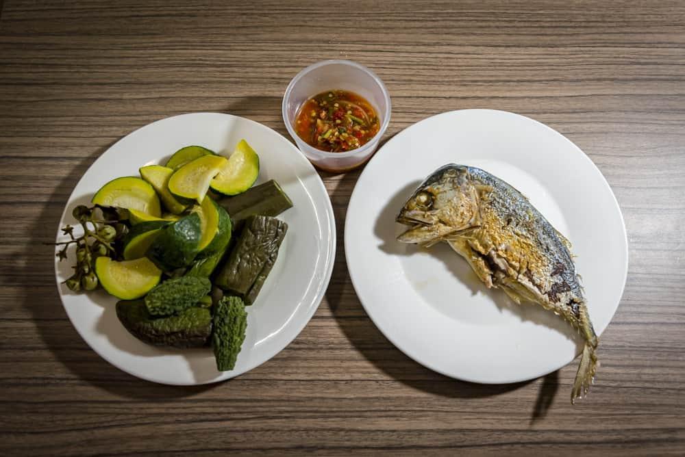 Pla Thu - Makrele mit Gemüse