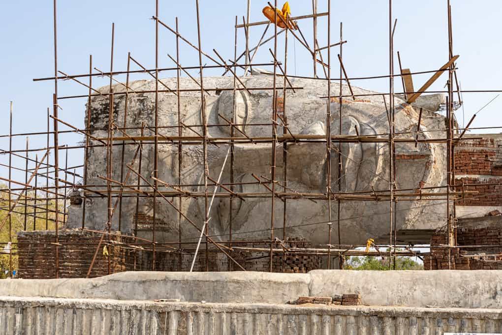 Gesicht des grossen liegenden Buddhas