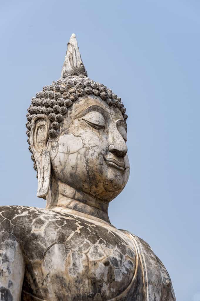 Typisches Gesicht einer Buddha-Figur in der Sukhothai-Epoche