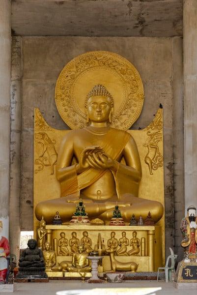 Buddha mit der Predigergeste