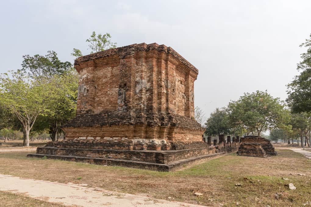 Wat Tuek - Süd- und Westseite