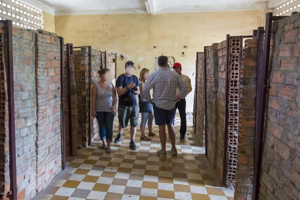 Einzelzellen im Gefängnis S-21 - Foto aus dem Tuol-Sleng-Genozidmuseums in Phnom Penh