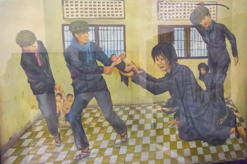 Kinder werden den Müttern entrissen im Gefängniss S-21 - Bild aus dem Tuol-Sleng-Genozidmuseums in Phnom Penh