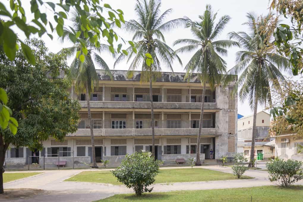 Das Gefängnis S-21 und das Tuol-Sleng-Genozid-Museum in Phnom Phen