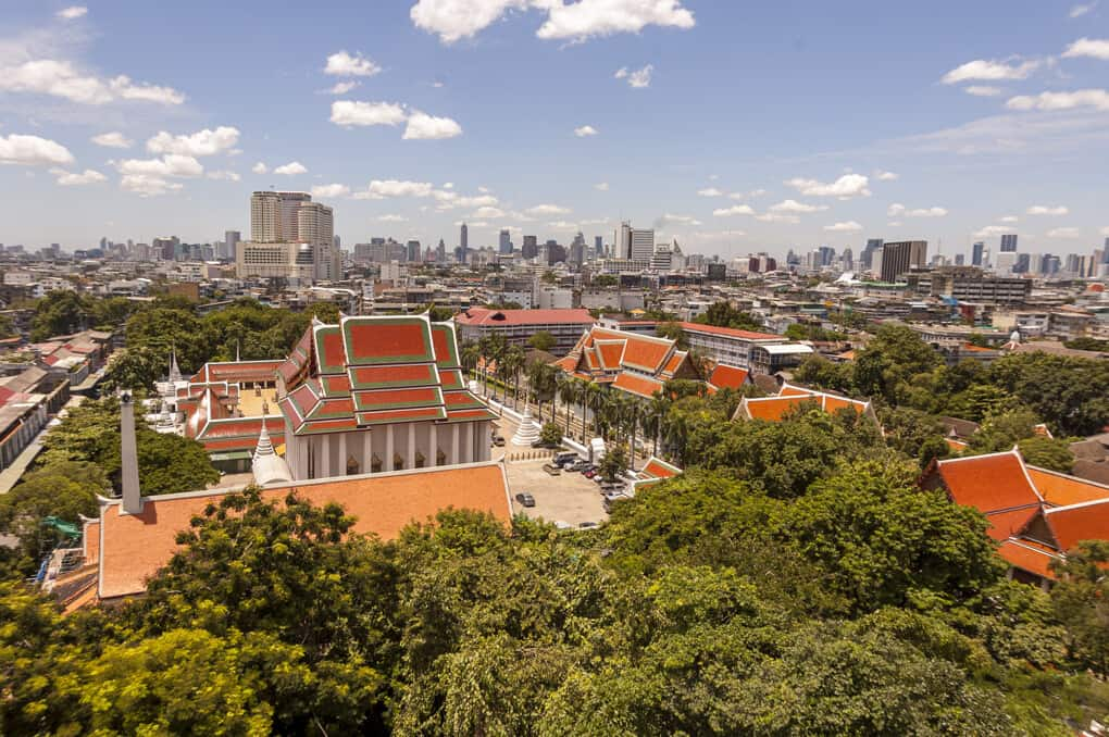 Ausblick vom Chedi aus über Bangkok und dem Wat Saket