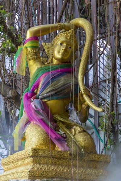 Die buddhistische Erdgöttin Thoranie