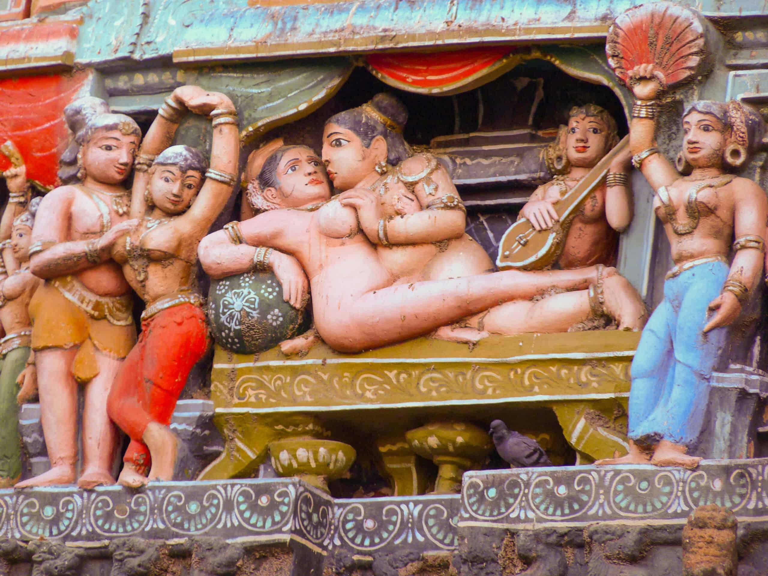 Tempelfiguren in erotischen Darstellungen auch das gehört zum Hinduismus