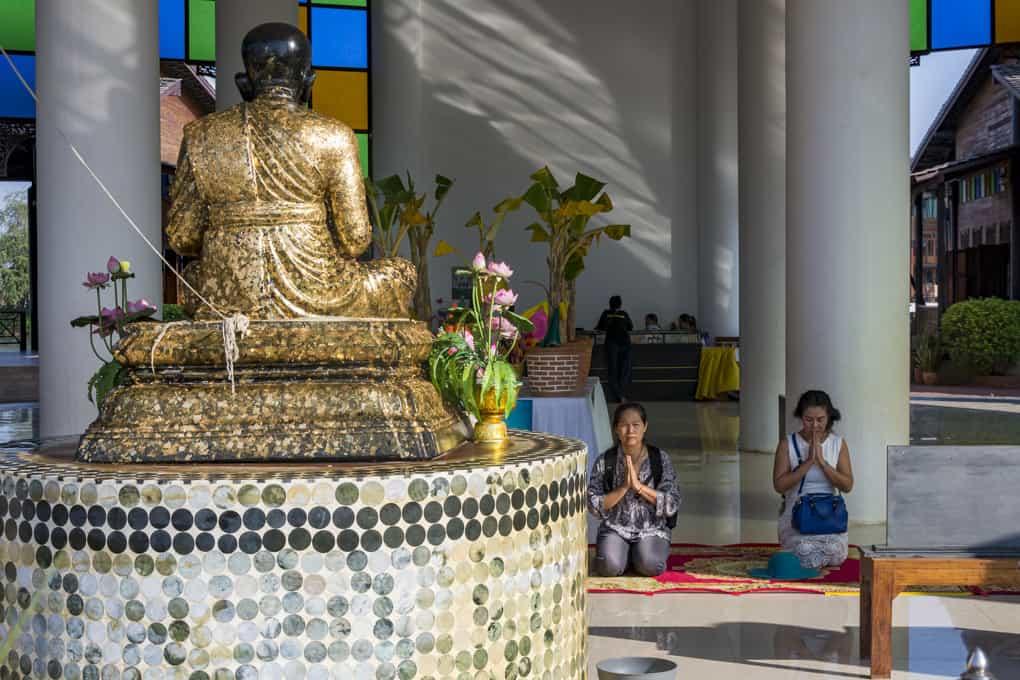 Das Gebet an den ehrwürdigen Mönch muß sein!
