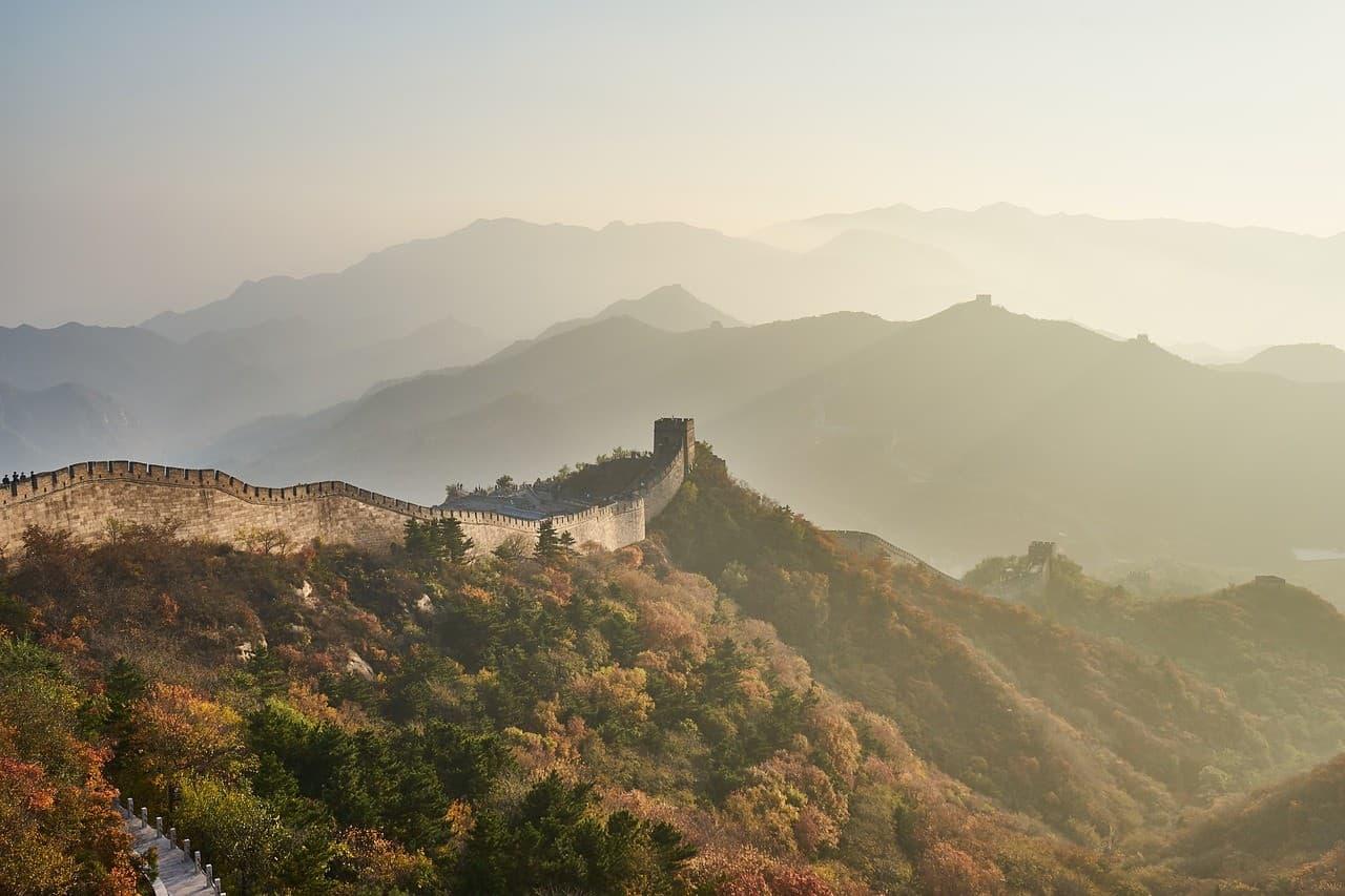 Große Chinesische Mauer als Sinnbild der Grenzerfahrungen beim Reisen