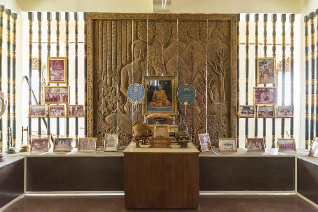 Bilder von Mönchen aus dem Tempel
